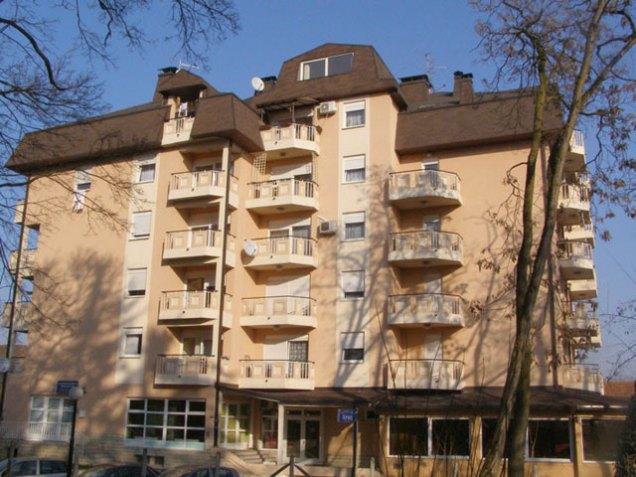 Izgradnja stambeno-poslovne zgrade Zagrebačka, Dugo Selo
